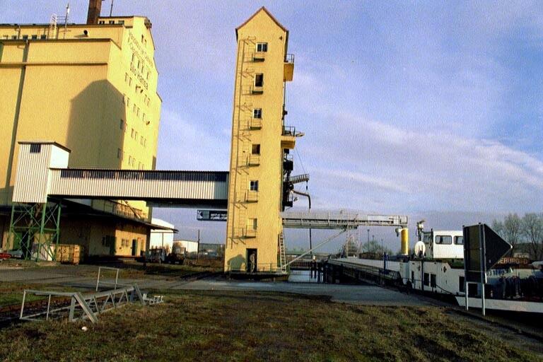 Rekonstruktion Schiffbeladung Silo Hansa Magdeburg